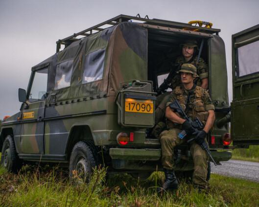 De fleste feltvognene til Forsvaret er fortsatt uten setebelter