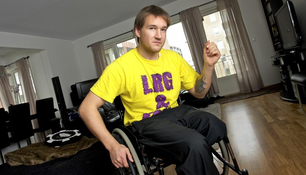 – Jeg ville ha en tatovering til minne om det som skjedde, sier Kjetil Bragstad.
