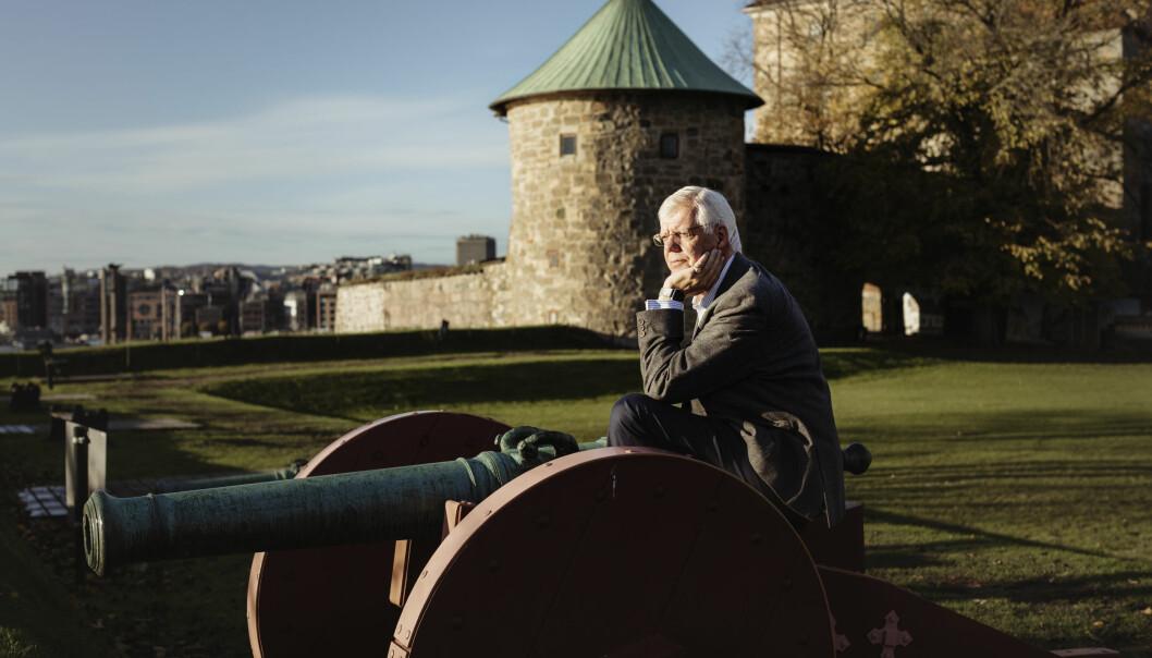 TAKKER AV: Forsvarets forum står overfor et generasjonsskifte. Erling Eikli går av som redaktør etter 47 år i Mannskapsavisa og Forsvarets forum.