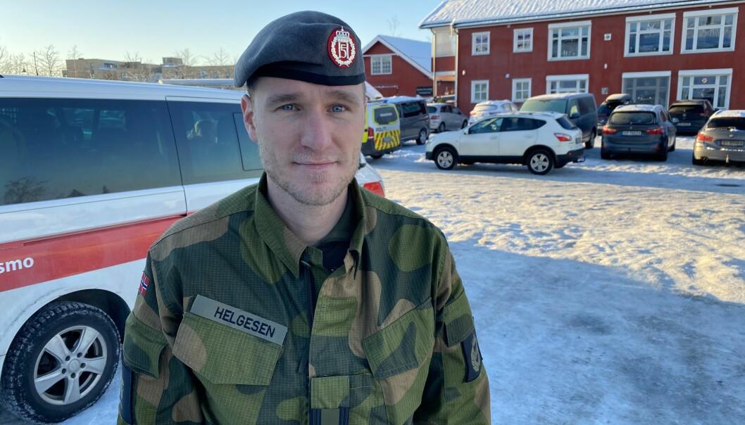 Jacob Helgesen, sjef for innsatsstyrken Derby og leder for Forsvarets innsats på Gjerdrum sier til Forsvarets forum at åtte soldater er på vei inn i rasområdet.