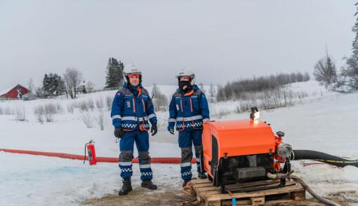Marius Brynjulfsen og Lena Paulsen fra Sivilforsvaret.