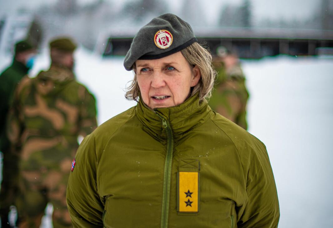 Generalmajor Elisabeth Michelsen takket HV-soldatene for bidraget i Gjerdrum.