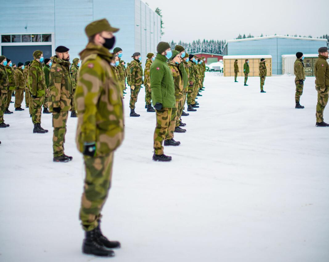 HV-soldater fra HV-02 under avtakking etter oppdraget på Gjerdrum.