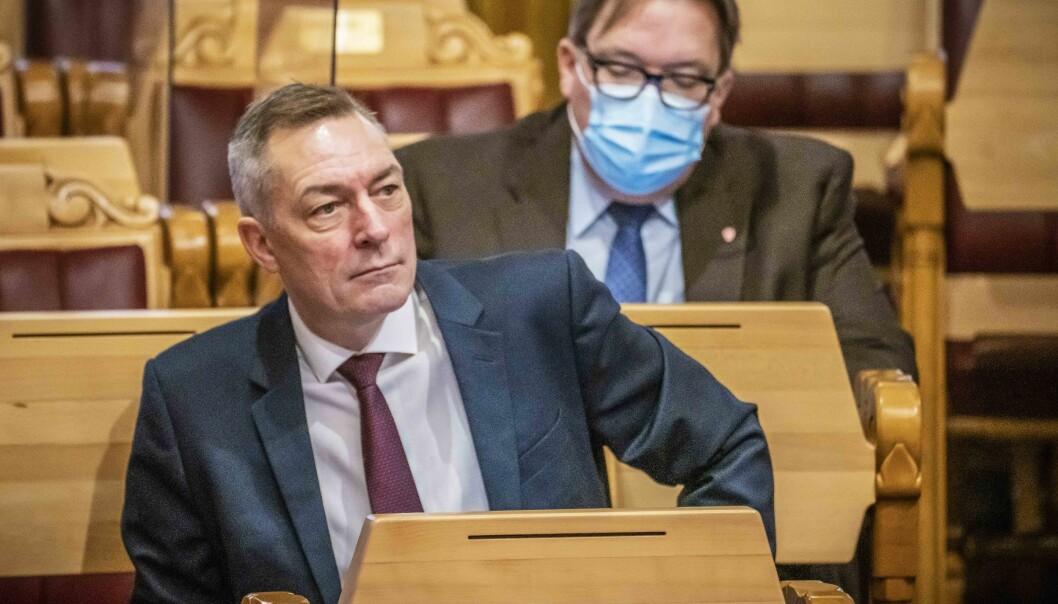 Forsvarsminister Frank Bakke-Jensen (H) sier det å forsvare Norge sammen med allierte er noe de tar på alvor, også under en pandemi.