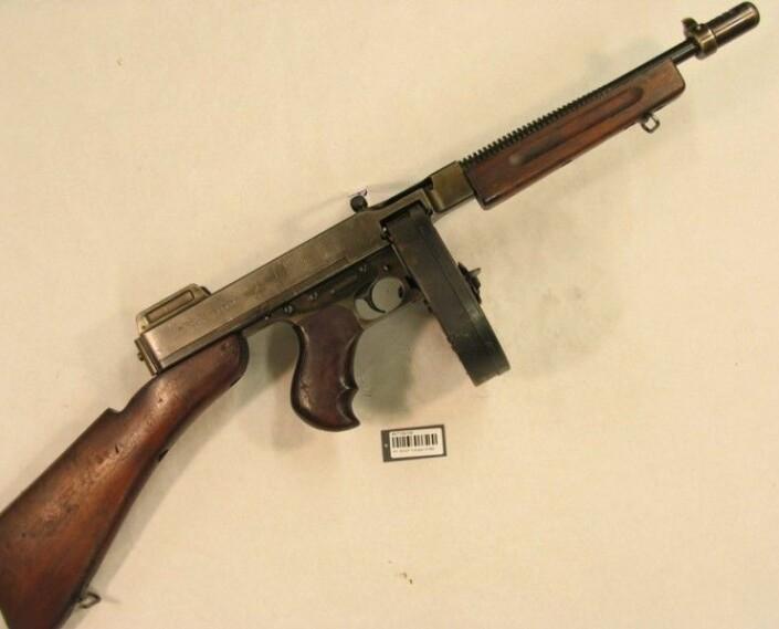 Det er en Thompson-maskinpistol av denne typen som tilhørte Gunnar Sønsteby og senere ble stjålet.