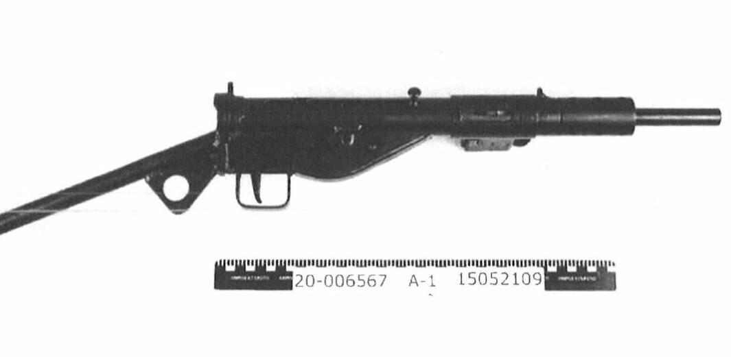 Dette er våpenet som ble beslaglagt etter en politirazzia i Fredrikstad.