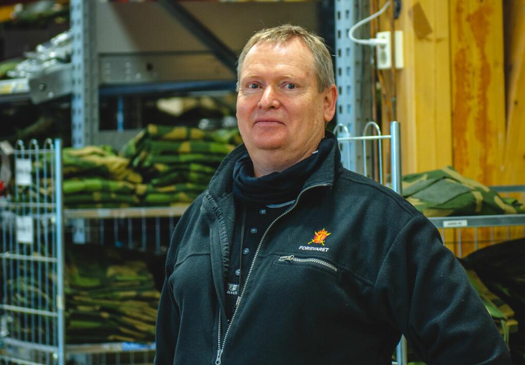 Sjef for depot Sessvollmoen, Reidar Hansen.