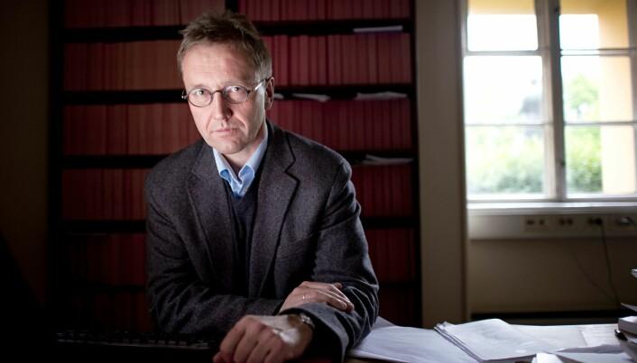 Finn Arnesen er professor ved Universitetet i Oslo. Han forsker på Europarett og EØS-rett.