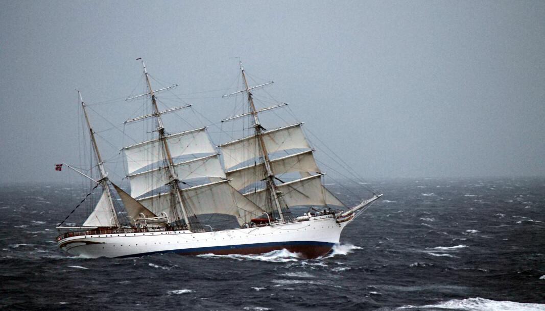 Kadettene i Sjøforsvaret har fått erfare hvordan det er å være på sjøen. Bildet viser Statsraad Lehmkuhl fra et tidligere tokt i Nord-Atlanteren.