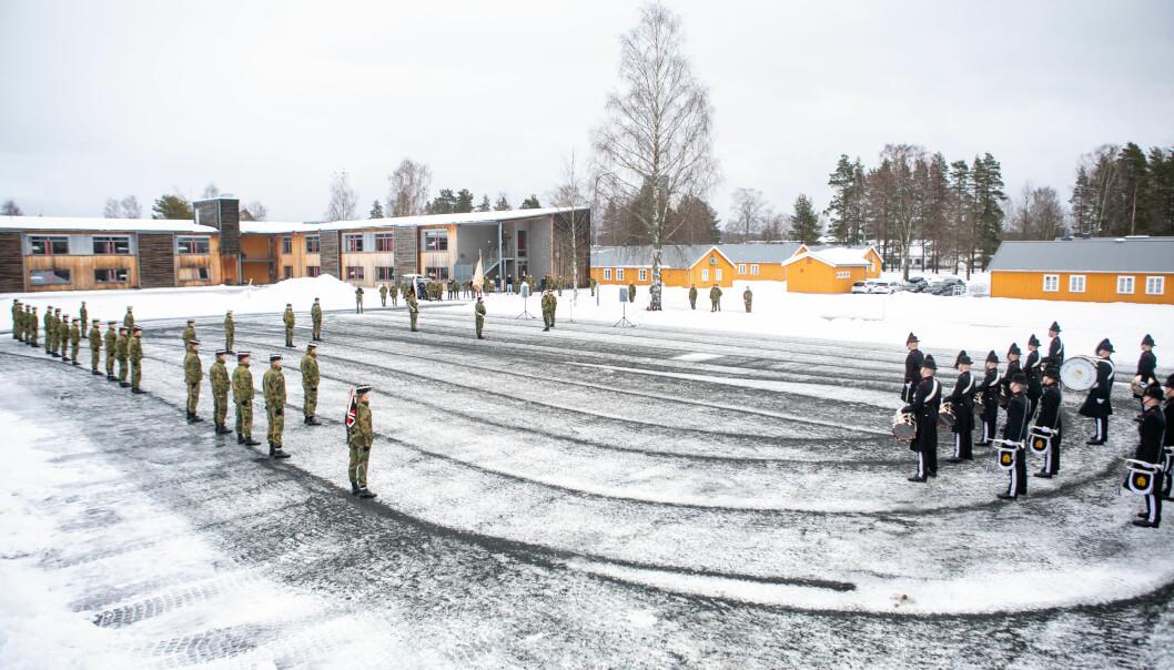 Overføringen av Gardens rekruttskole til Hærens felles rekruttskole tok sted på Terningmoen.