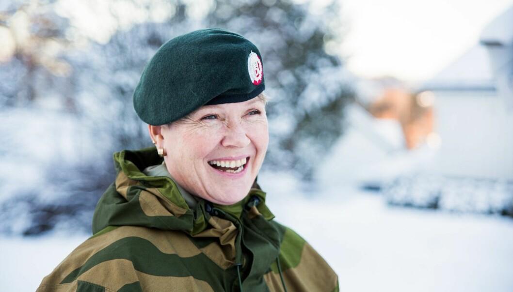 Geirhild Snildal Engen foretrekker feltstøvler fremfor penskoene.