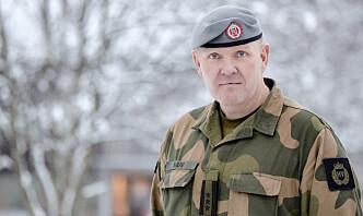 Etter en spøk på 90-tallet fikk Håkon daglig levert baguetter og rødvin av en fransk soldat