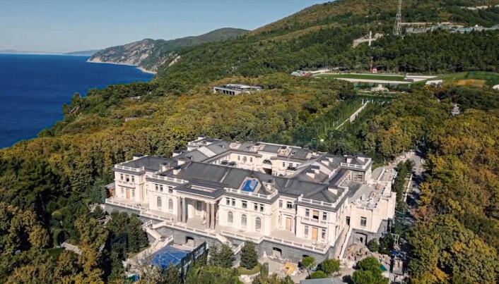 PUTINS PALASS: Dette skal være Vladimir Putins feriehus ved Svartehavet.