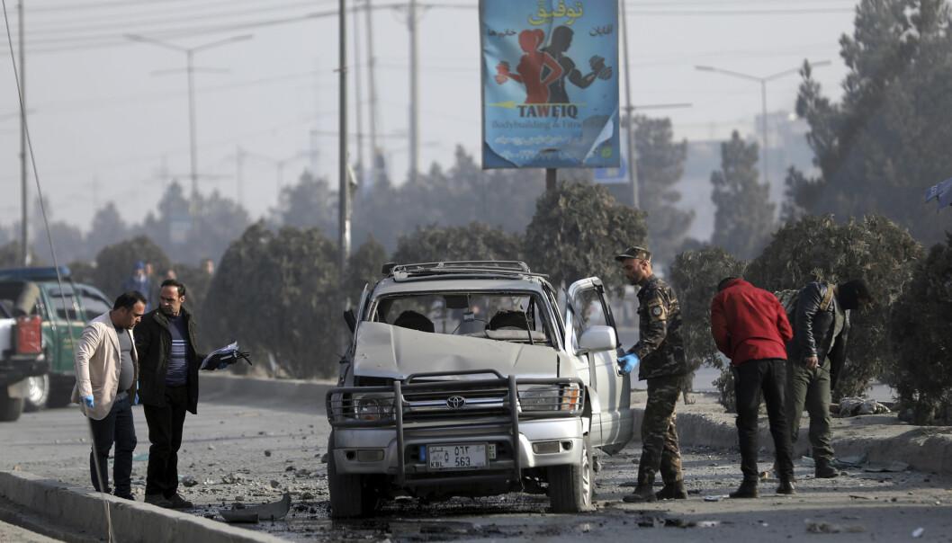 ANGREP: Bilbomber er nesten dagligdags i Kabul, der Taliban og den ytterliggående islamistgruppa IS de siste månedene har trappet opp sine angrep.