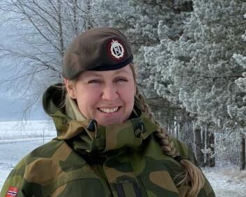 Heidi tar diskusjonen når utenlandske forsvarsfolk mener kvinner kan være forsvarsansatte, men ikke stridende
