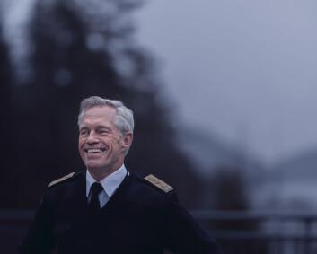 I 37 år har E-sjefen forsøkt å tilpasse seg Forsvarets rytme- uten å lykkes særlig godt