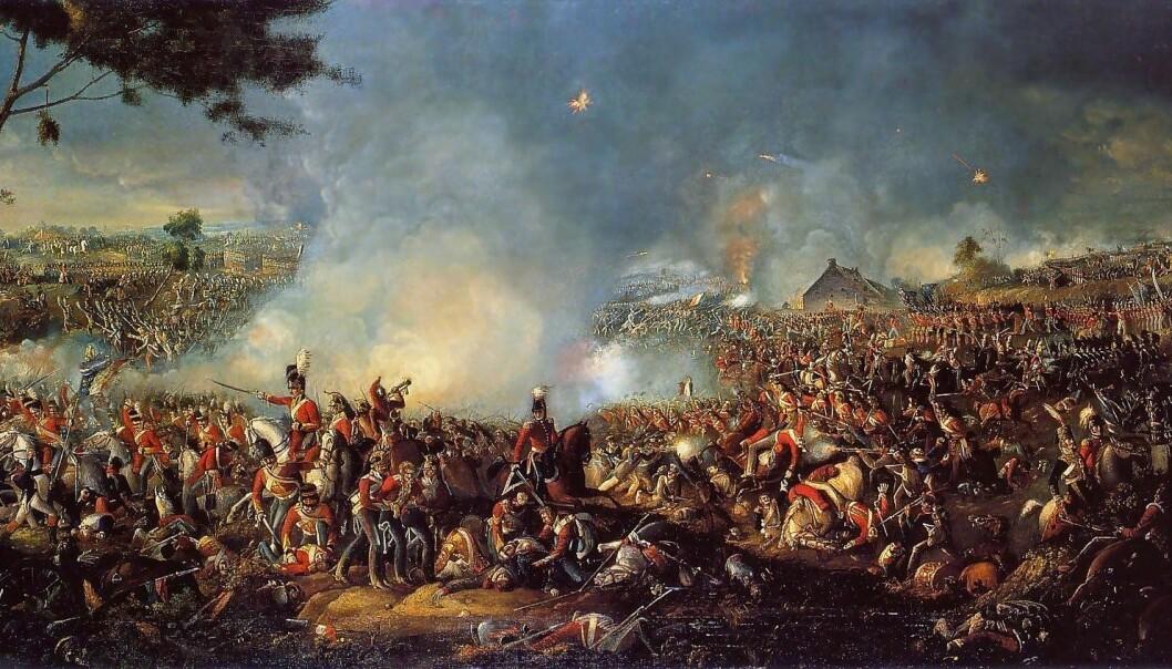 KRIG: Det er liten tvil at folk som Clausewitz tenkte mer avanserte tanker om krig enn det vi gjør i dag, skriver Harald Høiback. Dette maleriet er fra slaget ved Waterloo i 1815.