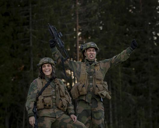 Jørgine Vasstrand og Christian Strand fikk sjokk da de så hvor mye Forsvaret kaster