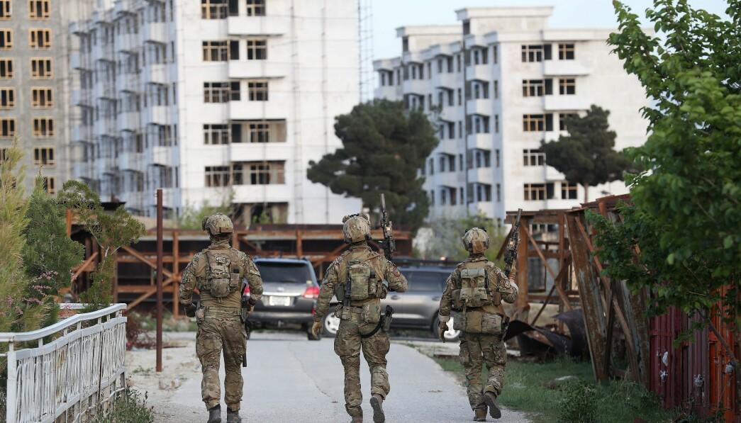 KRAV: Krig og skarpe militære operasjoner stiller ekstreme krav til mennesker, skriver Jon Reichelt. Her ser vi spesialsoldater fra Marinejegerkommandoen i Kabul, Afghanistan