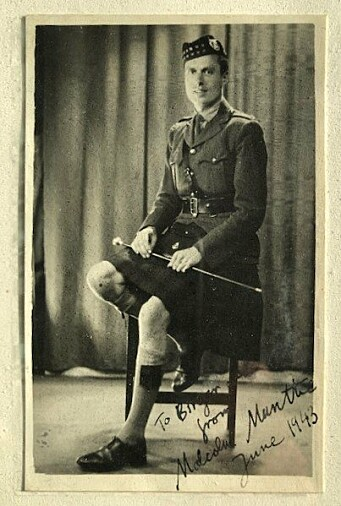 Malcolm Munthe var svensk-britisk og sønn av legen til den svenske kongefamilien.