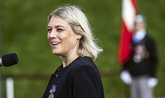 I Danmark krever opposisjonen at Forsvarsministeren må gå