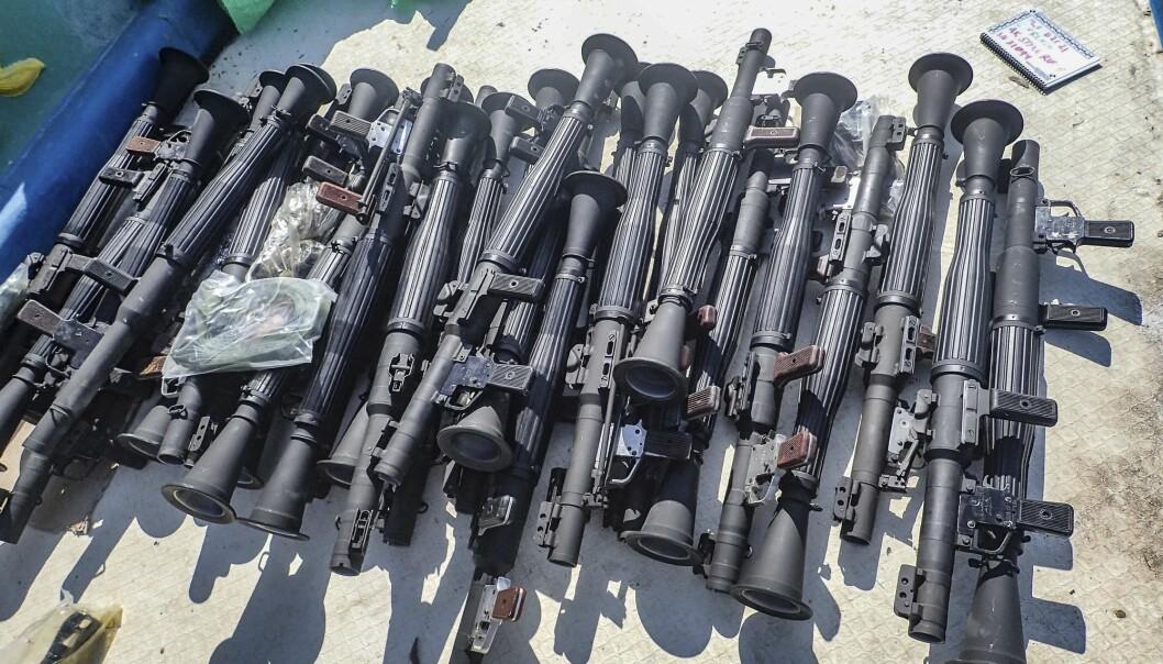 DØDELIG LAST: Noen av våpnene som ifølge den amerikanske marinen ble funnet om bord i to fartøy utenfor kysten av Somalia.