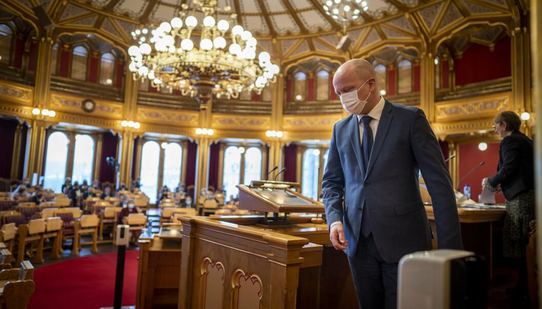 Sp-leder Trygve Slagsvold Vedum under muntlig spørretime på Stortinget.