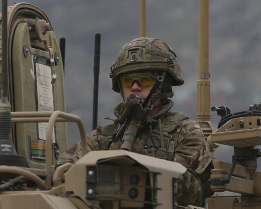 Forsvarsministeren: Stilt oss disponible for å forhandle med Taliban