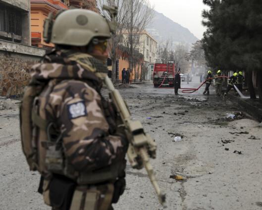 Sivile og militære drept i bombeangrep i Kabul