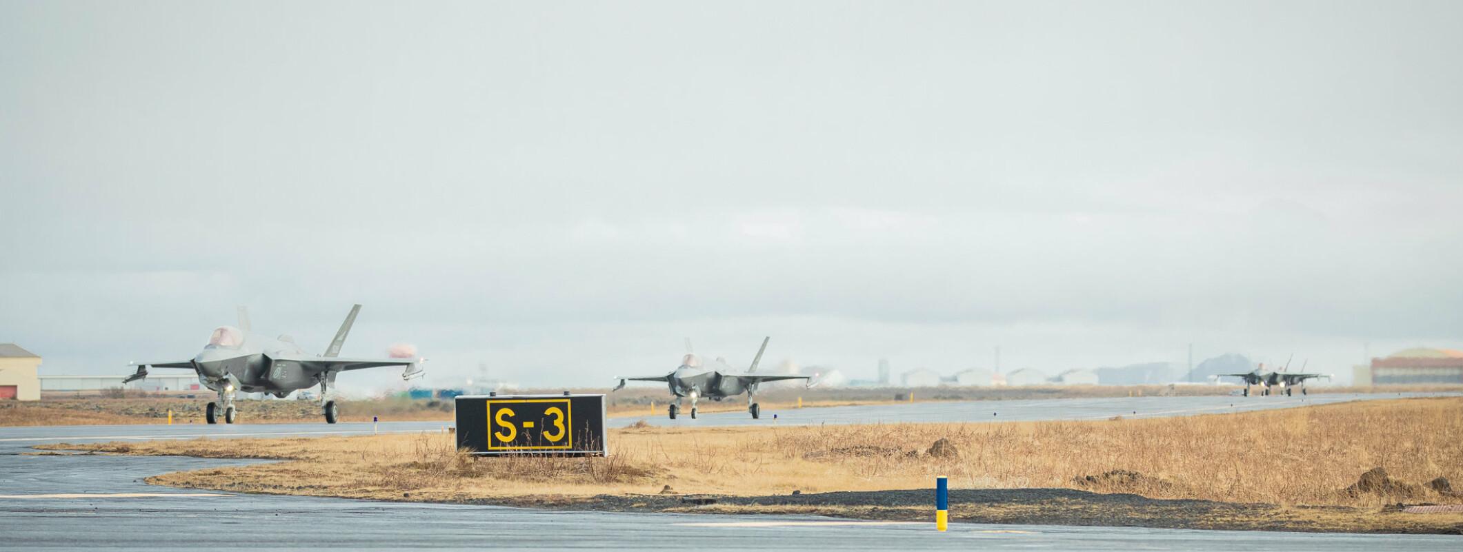 F-35 taxer på Keflavik international airport under oppdraget Icelandic Air Policing 2021. *** Local Caption *** F-35 after landing on Keflavik international airport during Icelandic Air Policing 2021.