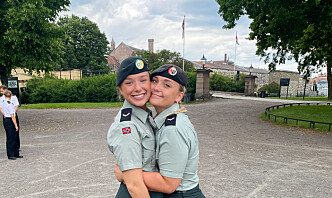 HTV-Linnea deler gjerne en pose feltrasjon med Per Willy Amundsen, så de kunne snakket om kvinner og mensen
