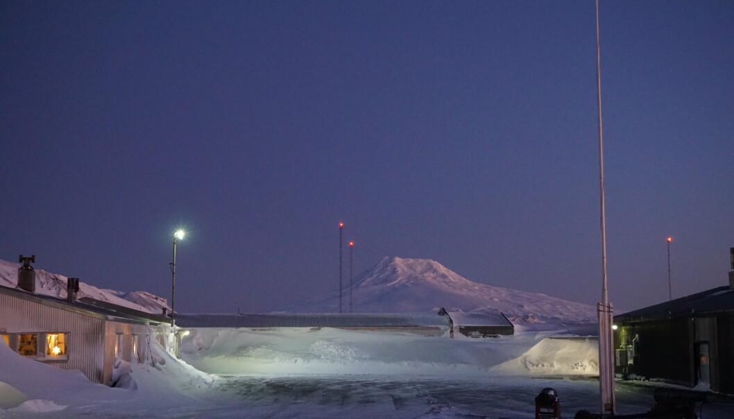 Forsvarets stasjon på Jan Mayen - drøyt 1000 kilometer unna fastlands-Norge.