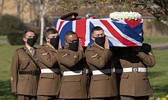 Britene tok farvel med Captain Tom