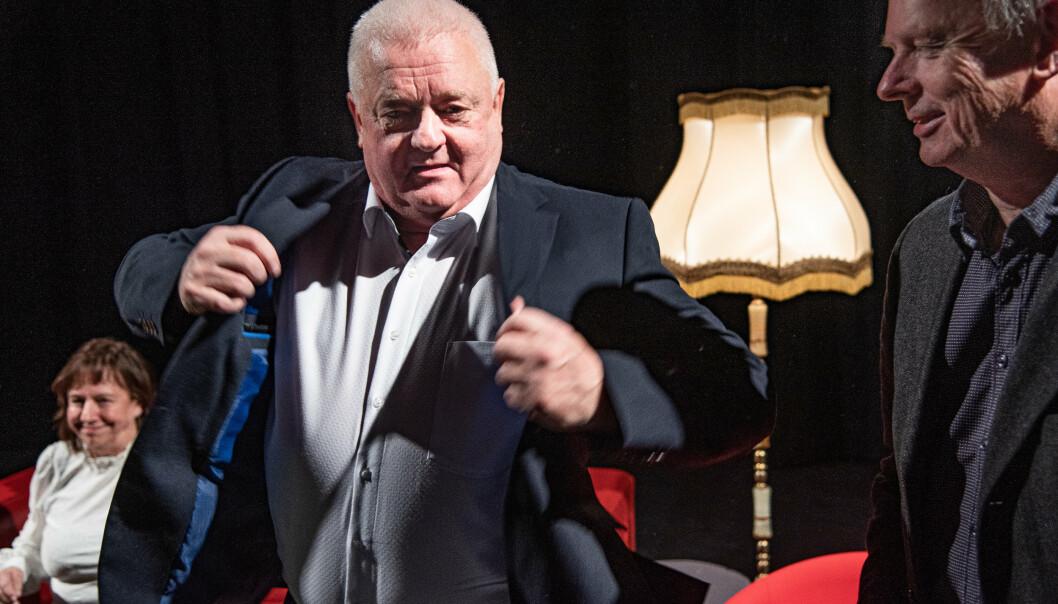 Frode Berg og journalist og forfatter Morten Jentoft under lanseringen av Jentofts bok « I grenseland. Historien om Frode Berg» i Kirkenes.