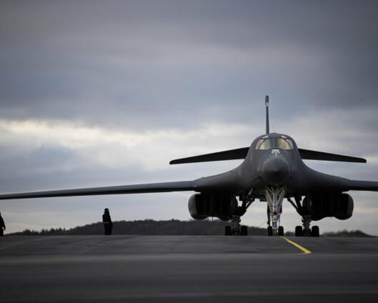 Amerikansk bombefly fra Ørland ble fulgt av russisk jagerfly