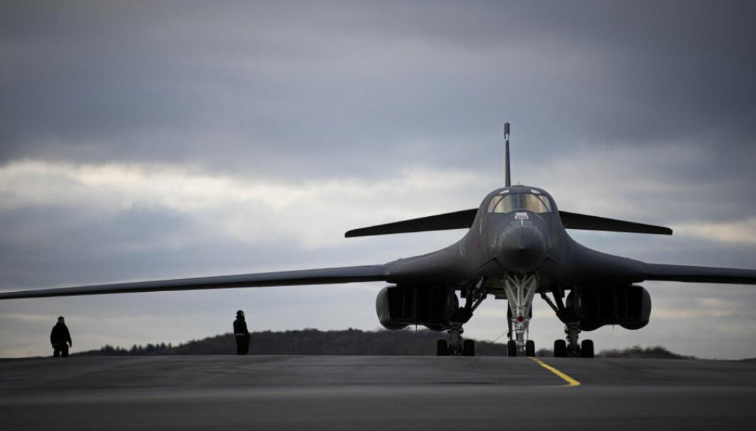 TAR AV: Et B-1B Lancer bombefly som tar av fra Ørland.