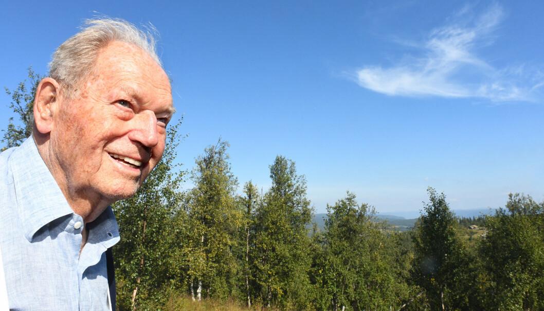 MOTSTANDSMANN: Erling Lorentzen på hytta hvor han ledet operasjoner under 2. verdenskrig.