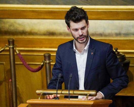 Moxnes krever avgradering av Frode Berg-rapport