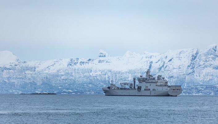 KNM MAUD: Logistikkfartøyet fra Marinen, KNM Maud deltar på øvelsen.