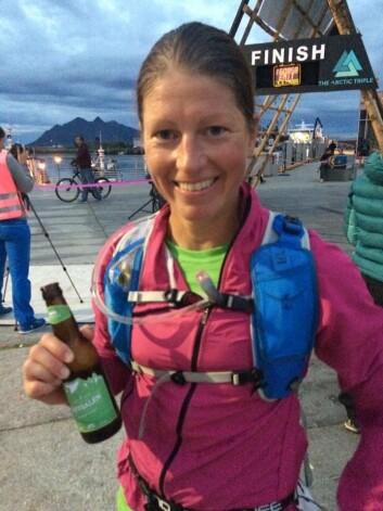 Nina-Sofie etter målgang i Svolvær i Artic Triple