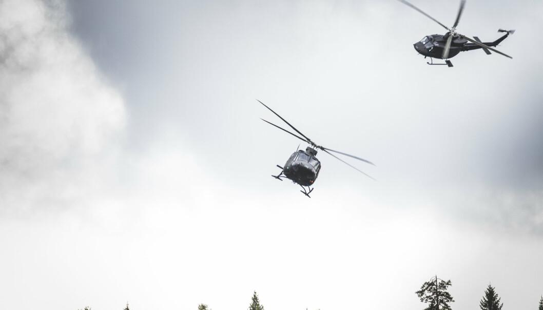 To helikopter av typen Bell 412. Dette bildet er tatt under en øvelse i 2014.