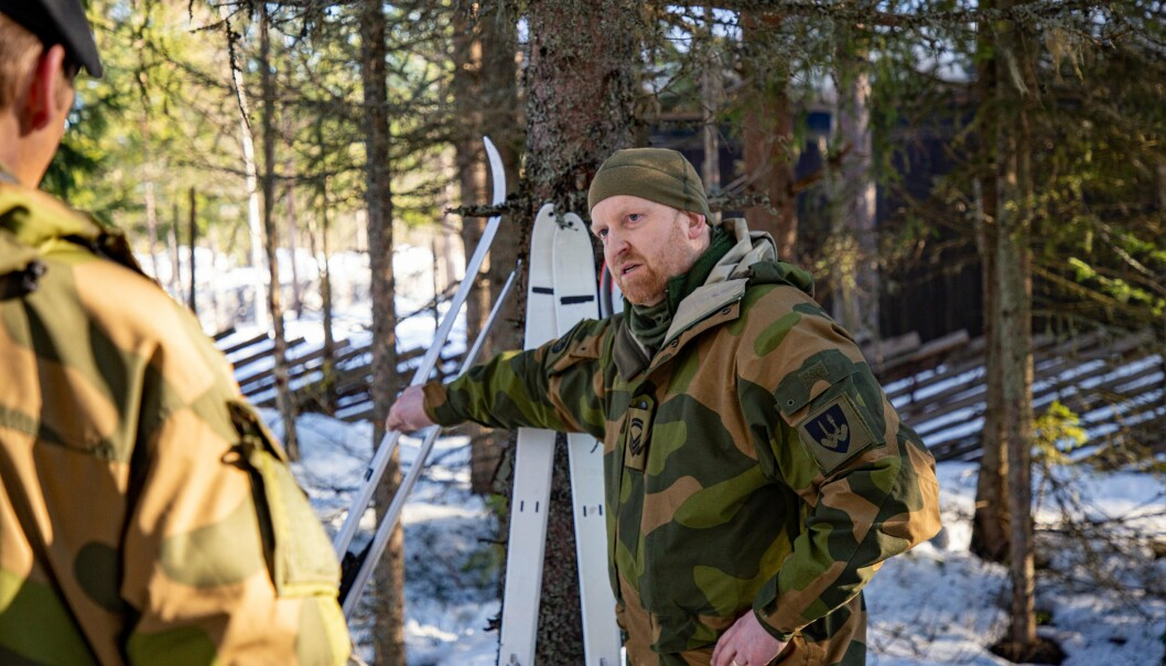 ANSVAR FOR TESTINGEN: Stabssersjant Henning Kaspersen ved FVS.