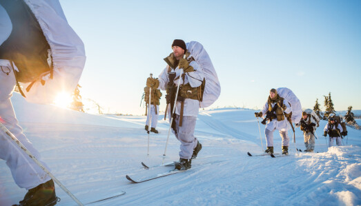 VINTERKURS: Utenlandske soldater på alliert vinterkurs i Norge.