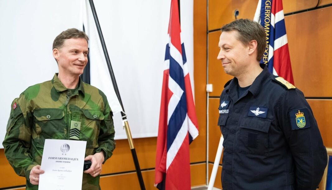 Sjefsmester Svein Solbakken og flaggkommandør Trond Gimmingsrud.