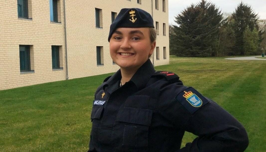 Sofia Karin Malekas som avdelingstillitsvalgt ved KNM Harald Haarfagre, to uker før dimisjon og tiltredelse i stillingen som LTV i TVO.