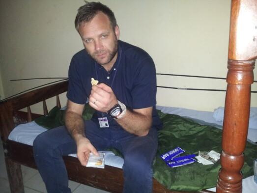 2012: Feltrasjon til lunsj ved South Sudan hotell, Bor, Sør-Sudan i 2012.