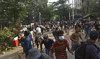 Kamper mellom sivile og militæret i Myanmar