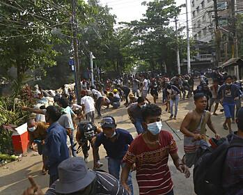 Soldater åpnet ild mot begravelsesfølge i Myanmar