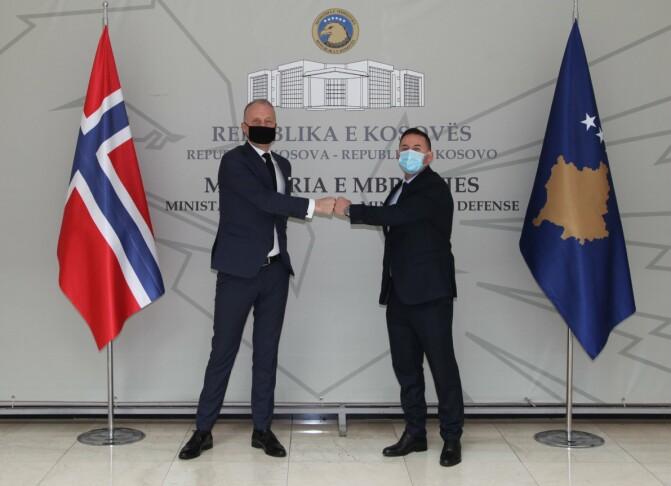 Norsk eks-soldat er blitt Kosovos nye forsvarsminister