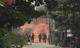 Opprørere i Myanmar hevder å ha tatt militærbase